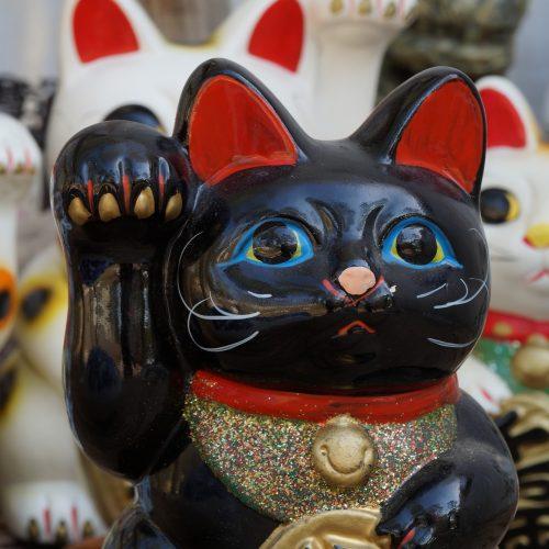 Maneki-neko chat noir